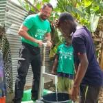 Help-Dunya-Brunnen-AKi68